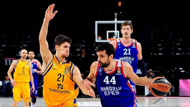 THY Euroleague'de 22. haftanın MVP'si Krunoslav Simon