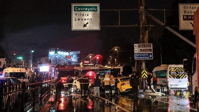 İstanbul'da korkunç kaza! 1 ölü yaralı 2 yaralı