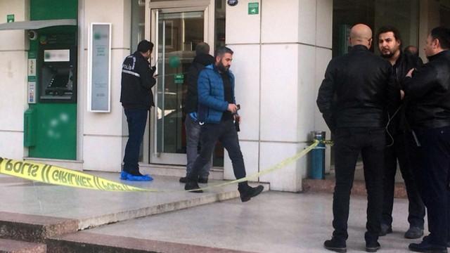 Bankayı soyan kişi polisi arayıp teslim oldu