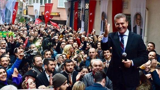 Şişli'de anketlerden Mustafa Sarıgül fışkırıyor