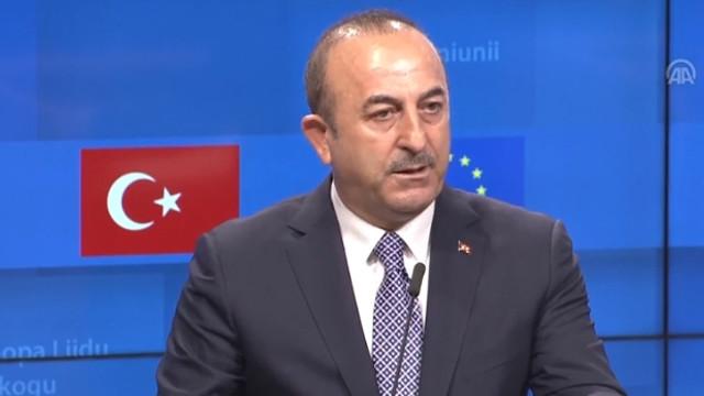 Bakan Çavuşoğlu duyurdu: Hain saldırıda yaralanan Türkler de var !