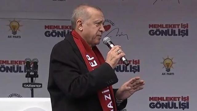 Erdoğan: Yaralı Türk kardeşlerimden biriyle görüştüm