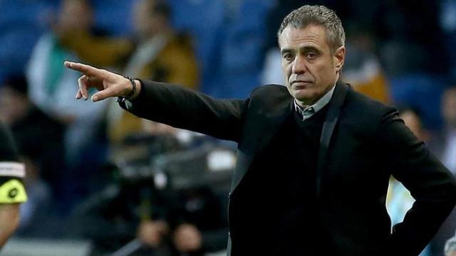 Fenerbahçe Ersun Yanal ile pes etmiyor
