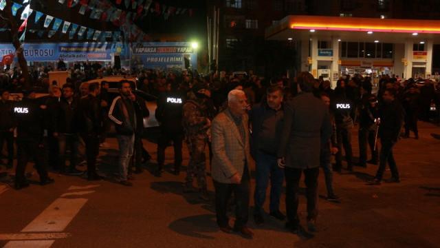 Adıyaman'da AK Parti-İYİ Parti gerginliği