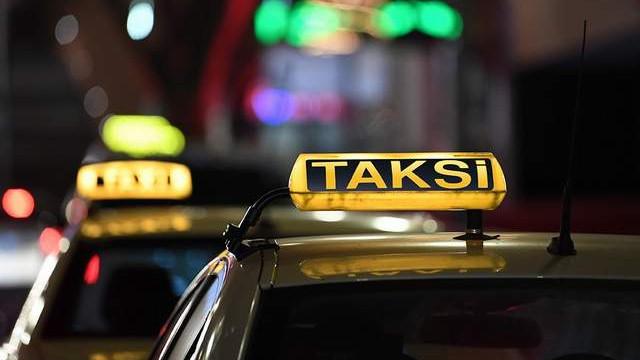 Kısa mesafe pazarlığı yapan taksicilere rekor ceza