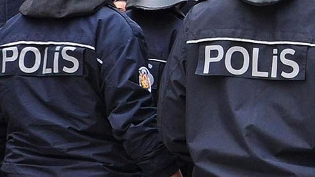 Eşcinsel polis, Emniyet'ten ihraç edildi