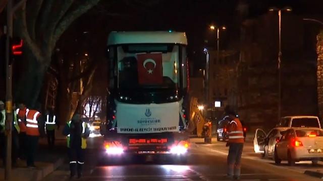Eminönü-Alibeyköy tramvay hattına ilk vagon indi