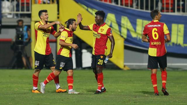Göztepe'de Alpaslan Öztürk ve Halil Akbunar Rizespor maçının kadrosuna dahil edilmedi