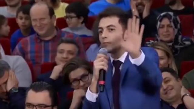Ali Sunal'dan Yılmaz Erdoğan'a gönderme