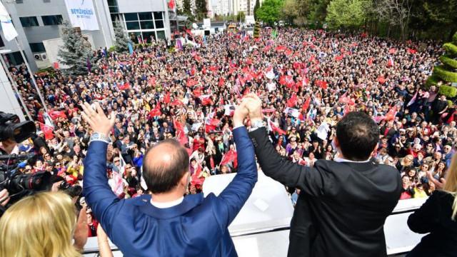 Ekrem İmamoğlu'ndan AK Partililere: ''Ya ben sizin adayınız olsaydım...''