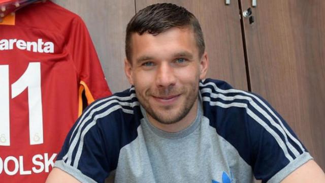 Galatasaray'ın eski futbolcusu Lukas Podolski derbiden ümitli!