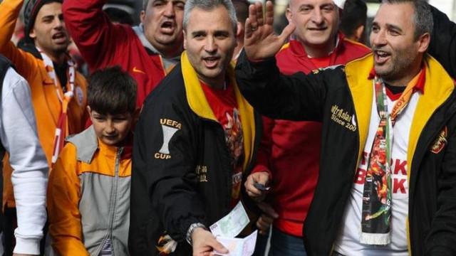 Galatasaray taraftarından Fenerbahçe'ye gönderme