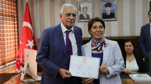 Ahmet Türk, mazbatasını aldı