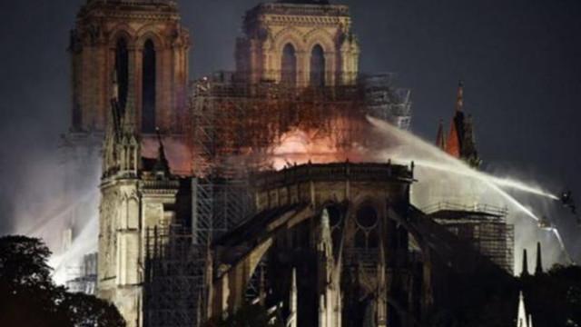 Notre Dame Katedrali'nin akıbeti belli oldu