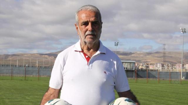 Demir Grup Sivasspor'un malzemecisi Mahmut Kablan hayatını kaybetti