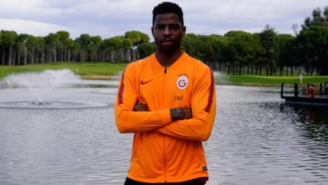 Galatasaraylı futbolcu Ryan Donk'tan Jailson paylaşımı