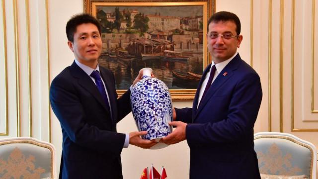 İmamoğlu'na Çin'in İstanbul Başkonsolosu Wei'den tebrik ziyareti
