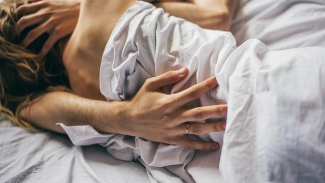 Uzmanlar cinsel hayatı kurtarmanın en ucuz ve basit yöntemini açıkladı