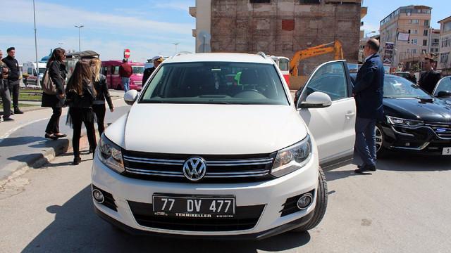 CHP'li Başkan makam aracını iade etti