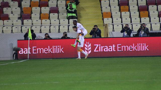 Martin Linnes 100. maçında gol attı