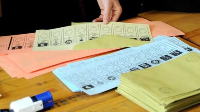AK Parti ve CHP'den peş peşe oy sayımı açıklaması