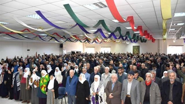 HDP'nin kutlama programında skandal görüntüler