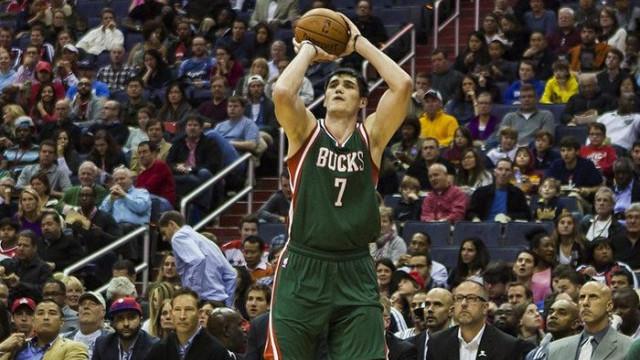 Ersan İlyasova'dan Brooklyn Nets'e karşı 12 sayı