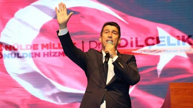 AK Partili başkan konser verdi faturası CHP'li başkana kaldı