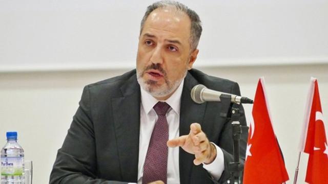 AK Partili Mehmet Yeneroğlu istifa iddiasını yalanladı