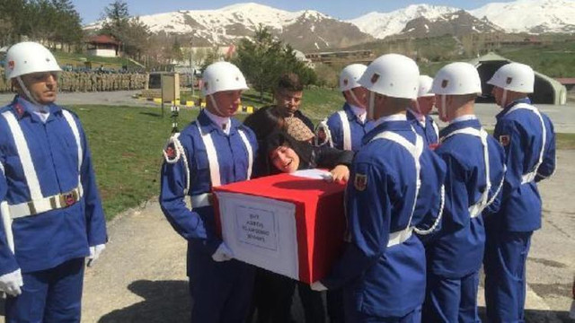 Şehit Uzman Çavuş Volkan Demirci için yürek yakan tören