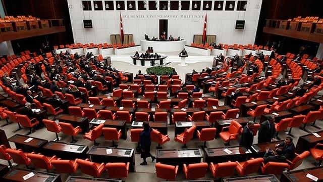 Yeni dokunulmazlık dosyaları Meclis'te