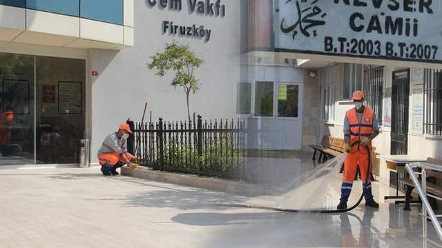 Avcılar'da ibadethanelerde Ramazan temizliği