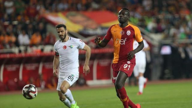 Galatasaray'da yeni penaltı krizi! Bu kez Diagne ve Selçuk İnan...