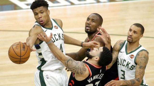 Milwaukee Bucks, NBA Doğu Konferansı final serisinde 2-0 öne geçti