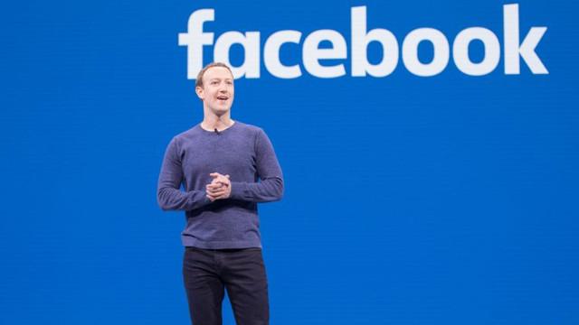 Facebook'ta büyük kriz