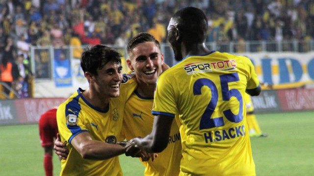 Ankaragücü 3 - 1 Demir Grup Sivasspor (Spor Toto Süper Lig puan durumu)