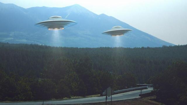 Pentagon UFO'ları izlediklerini itiraf etti !