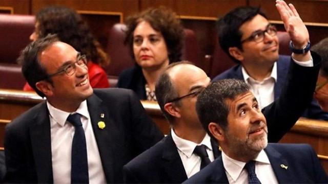 İspanya'da tutuklu vekiller için flaş karar