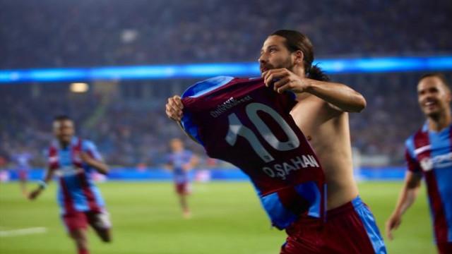 Olcay Şahan Trabzonspor'dan ayrıldığını açıkladı