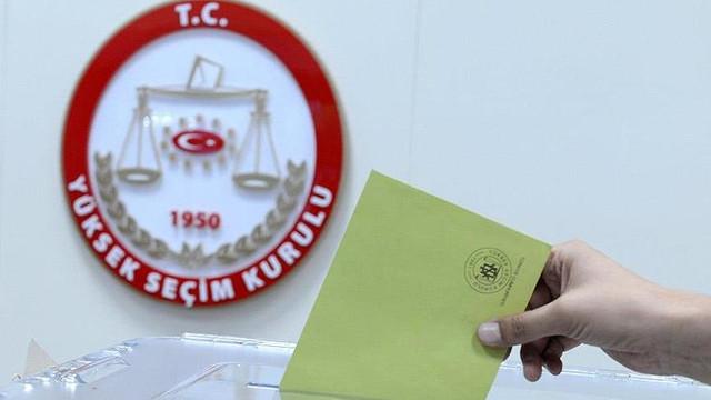 İstanbul seçimleri için yüzbinlerce kişi başvurdu !