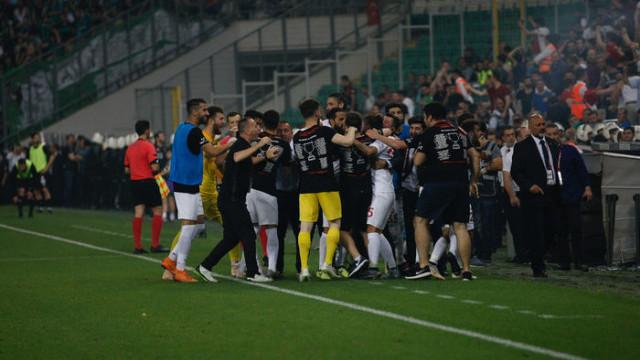 Fatih Karagümrük, Spor Toto 1. Lig'e yükseldi!