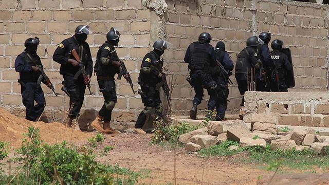 Mali'de katliam: En az 100 kişi öldü