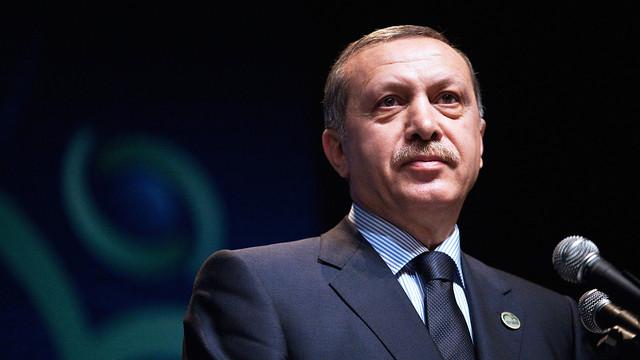 Notere ''Erdoğan'ın diploması'' cezası
