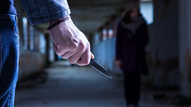 Facebook'a giren eşini öldüren kocaya indirim