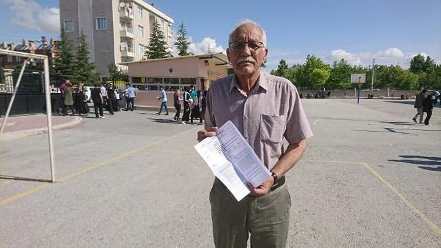 75 yaşında üniversite sınavına girdi