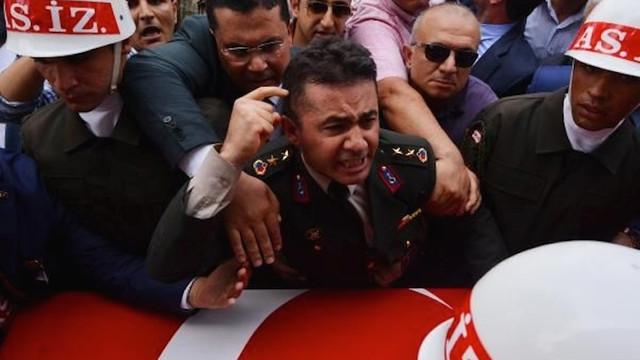 ''FETÖ üyeliğinden'' yargılanan Yarbay Alkan beraat etti !