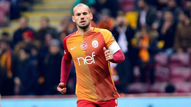 Wesley Sneijder ile Gazişehir Gaziantep'in ilgilendiği iddia edildi