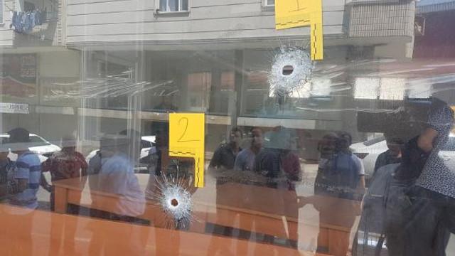 Esenyurt'ta derneğe silahlı saldırı