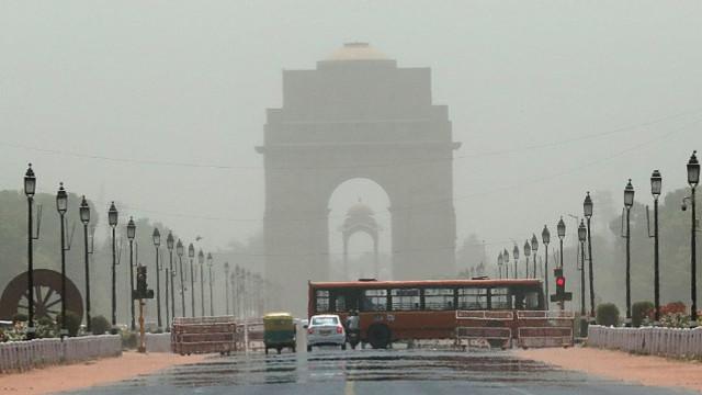 Hindistan'da aşırı sıcaklar: Ölü sayısı 92'ye yükseldi