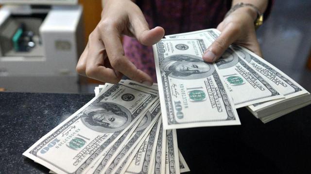 Dolar/TL seçim öncesi kritik seviyeyi aştı
